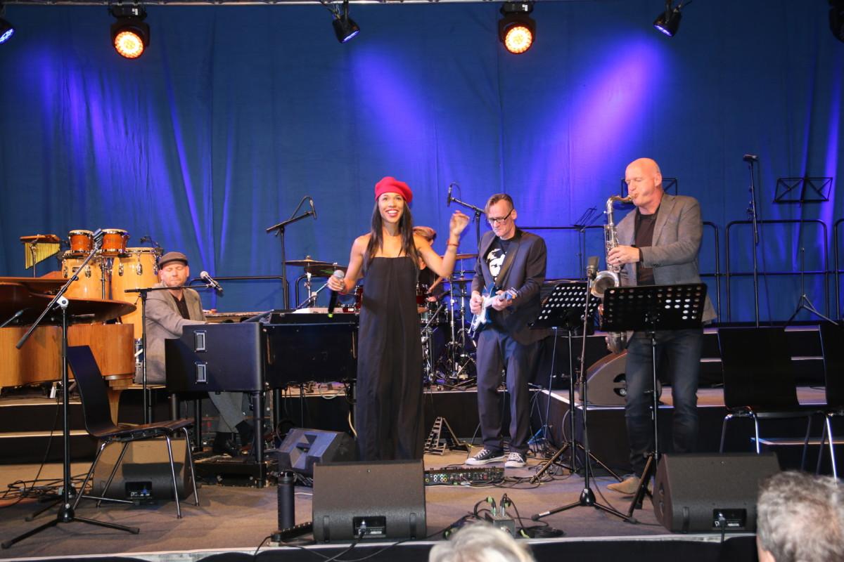 Jazz in den Ministergärten // Soulmates feat. Myra Maud (c